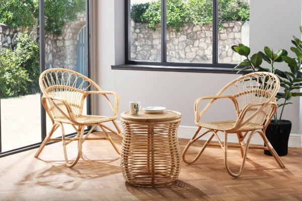 2 natural nordic chairs and royal lamp table lifestyle