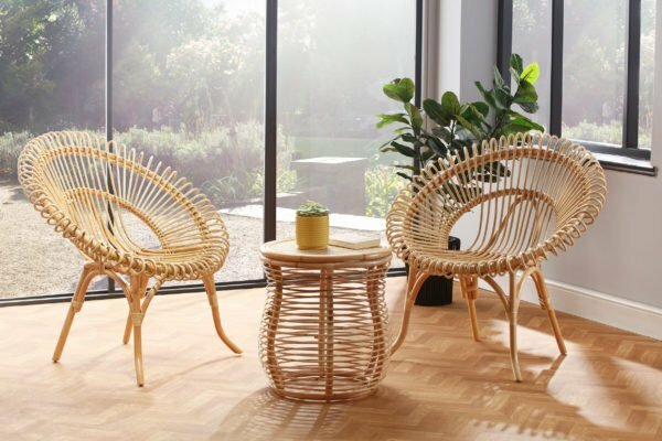2 natural shanghai chairs and royal lamp table lifestyle