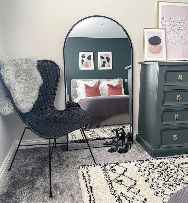 black porto wing chair 1