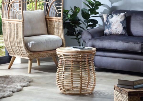 Royal-lamp-table-in-natural